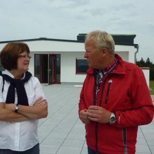 Sabine Waschke Mdl,Harald Jörges  Leiter der Fliegerschule Wasserkuppe